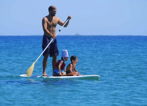 Stand Up Paddling mit Familie